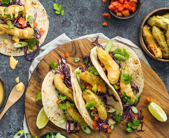 Taco's met gefrituurde avocado