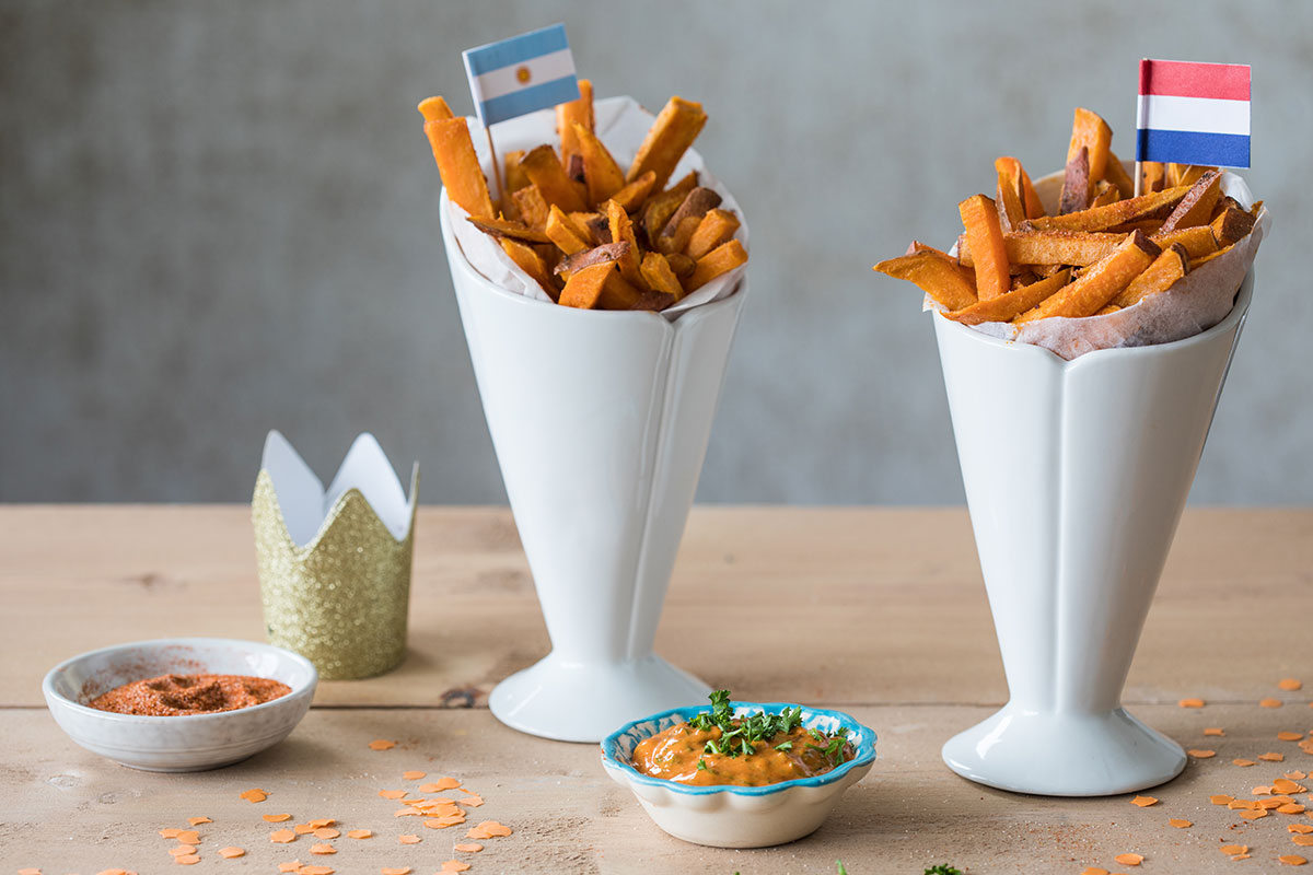 Sweet potato fries met chimichurri mayo